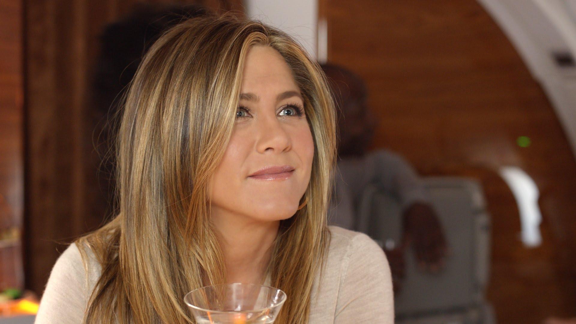 Pub de Amirates avec Jennifer Aniston